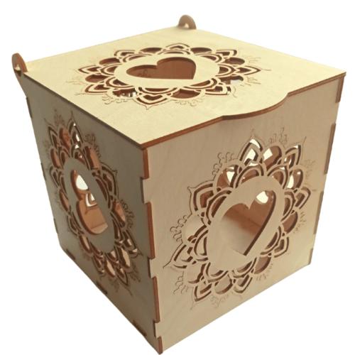 Itin didelė papuošalų dėžutė - širdis