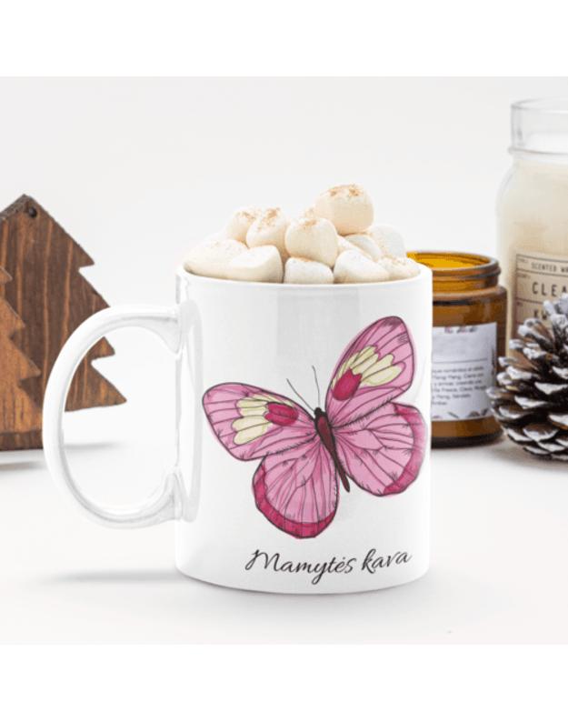 Puodelis Mamytės kava su drugeliu