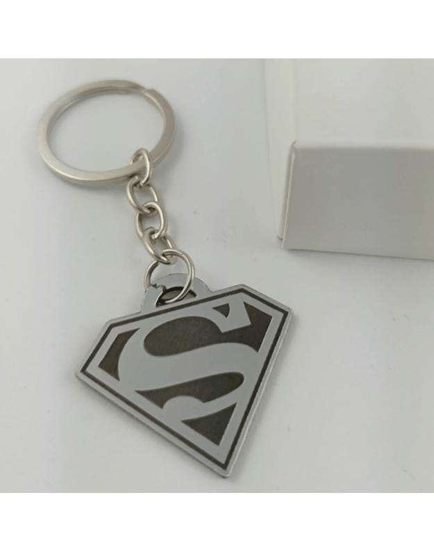 Graviruotas sidarbinis raktų pakabukas SUPERMAN